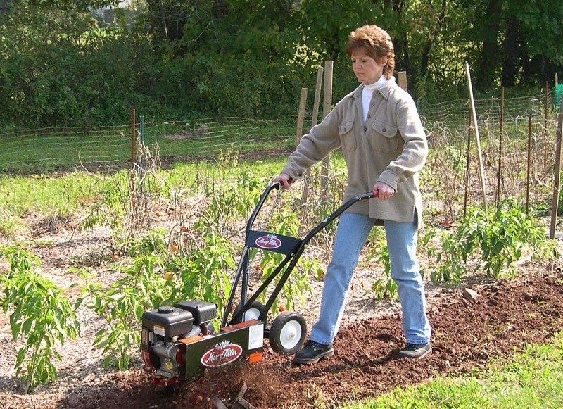Garden Weeds: How To Use A Tiller To Remove Them